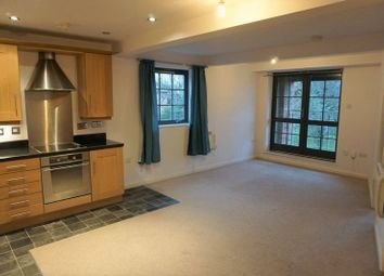 Thumbnail 2 bed flat to rent in Gladstone Street, Rothwell, Kettering