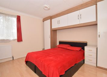 2 bed maisonette for sale in Eglinton Road, London SE18