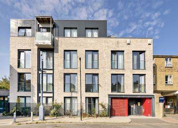 Wynne Road, London SW9. 1 bed flat