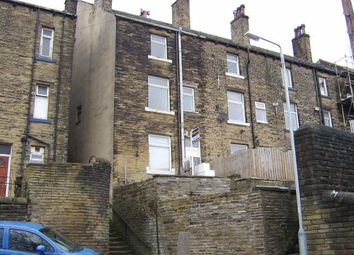 2 bed terraced house to rent in Ovenden Road Terrace, Boothtown, Halifax HX3