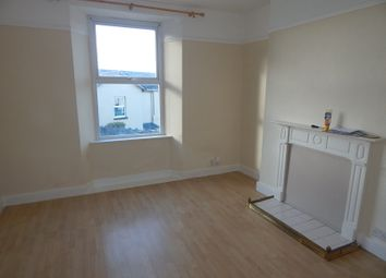 Thumbnail 1 bed flat to rent in Hoxton Road, Torquay