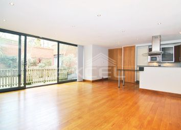 Thumbnail 3 bed flat to rent in Lindfield Gardens, Hampstead, London