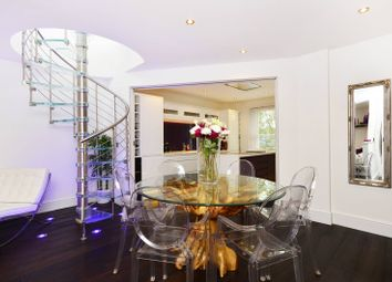 Thumbnail 3 bed flat for sale in St Pauls Road, Islington