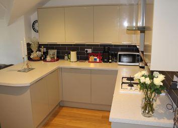 Thumbnail 1 bed flat to rent in Broad Bush, Blunsdon, Swindon