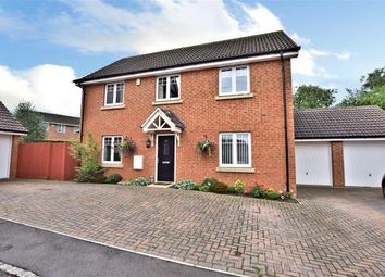 Thumbnail 4 bedroom detached house for sale in Hilltop Gardens, Spencers Wood, Reading
