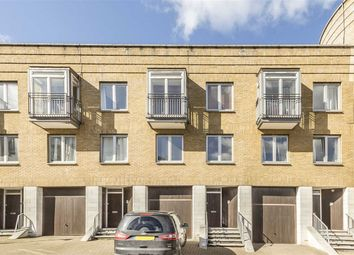 3 bed property to rent in Three Colt Street, London E14
