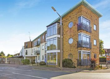 Thumbnail 2 bedroom flat for sale in Eastwood Road North, Leigh On Sea, Essex