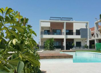 Thumbnail 2 bed bungalow for sale in Guardamar Del Segura, Alicante, Spain