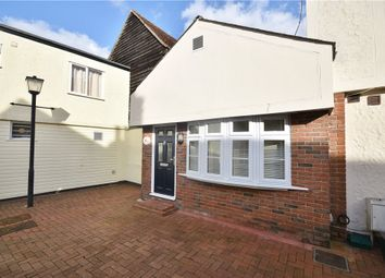 2 bed maisonette to rent in Lower Street, Stansted CM24