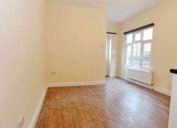 Thumbnail Studio to rent in Granville Road, London