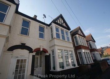 Whitegate Road, Southend On Sea SS1. 3 bed flat
