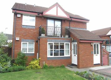 Thumbnail 2 bedroom flat for sale in Whitesmiths Close, Sedgley, Dudley
