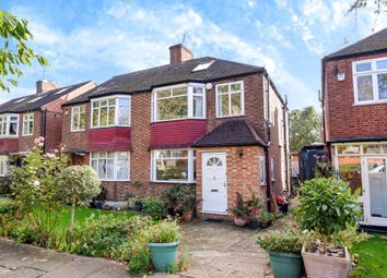 Thumbnail 3 bed semi-detached house for sale in Barnet EN5,