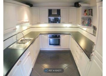 Thumbnail 2 bed flat to rent in Limehouse, London