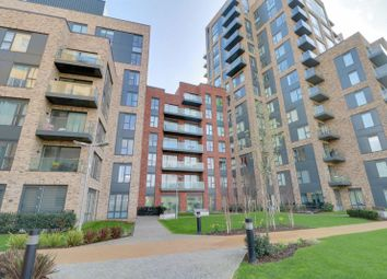 Thumbnail 1 bed flat for sale in Cherry Orchard Road, Croydon