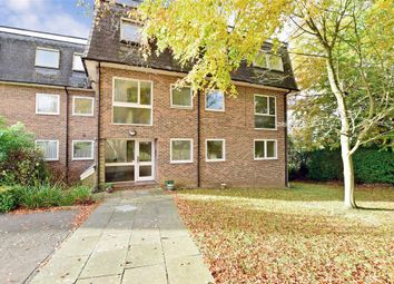 Thumbnail 2 bed flat for sale in Hawden Road, Tonbridge, Kent