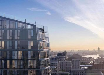 Arrival Square, London E1W. 2 bed flat for sale