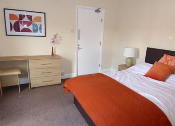 Thumbnail Room to rent in Room 1, Dogsthorpe Road, City Centre, Peterborough