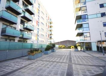 Thumbnail 1 bed flat to rent in Westferry, London