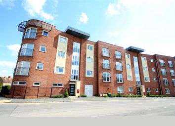 Thumbnail 1 bed flat for sale in Princes Way, Bletchley, Milton Keynes