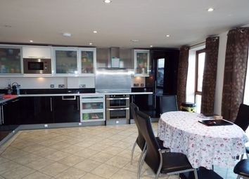 Thumbnail 2 bedroom flat to rent in Sansome Street, Worcester