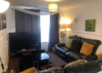 3 bed flat to rent in Ibscott Close, Dagenham RM10