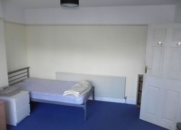 Thumbnail Room to rent in Old Palace Road, 7Tu, Guildford, Surrey