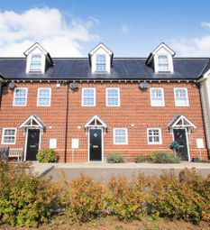 3 bed property for sale in Penhurst Close, Weavering, Maidstone ME14