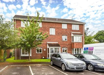 Thumbnail 2 bed flat for sale in Bexley Court, Reading