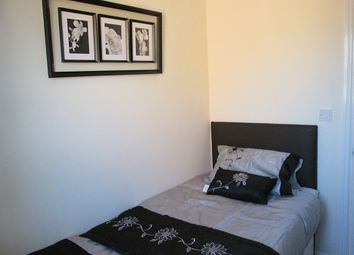 Thumbnail Room to rent in Smithmore Crescent, West Bromwich