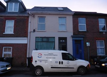 2 bed flat to rent in Hastings Street, Luton LU1