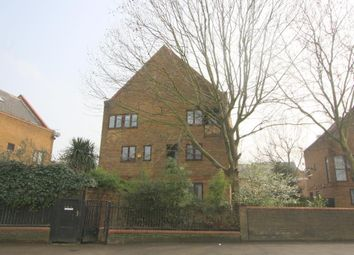 Thumbnail 4 bed property to rent in Redriff Road, Surrey Quays, London