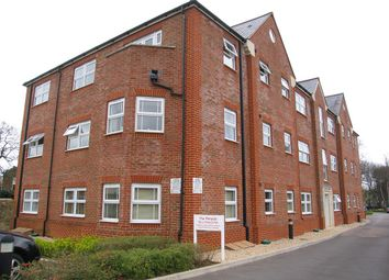 2 bed flat to rent in The Pinnacle, Horder Mews, Old Town, Swindon SN1