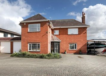 Thumbnail 4 bedroom detached house for sale in Cowick Lane, Exeter, Devon