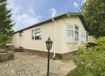 Thumbnail 2 bed mobile/park home for sale in Knightwood Drive, Killarney Park, Nottinghamshire