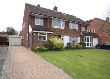 3 bed property to rent in Nabbott Road, Chelmsford CM1