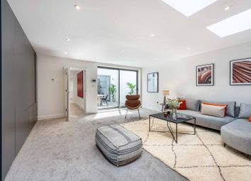 3 bed property for sale in St. Philip Street, London SW8