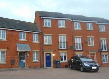 Thumbnail 3 bed town house to rent in Tunbridge Way, Singleton, Ashford