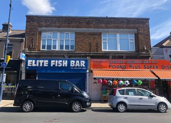 2 bed flat to rent in Welling High Street, Welling DA16