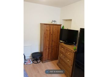 Thumbnail Studio to rent in Paget Street, Cardiff