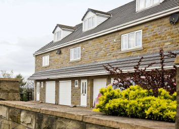 Thumbnail 3 bed town house for sale in Howdenclough Road, Morley, Leeds