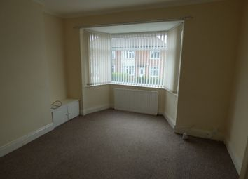 Thumbnail 2 bedroom flat to rent in Ovington Grove, Fenham, Newcastle Upon Tyne