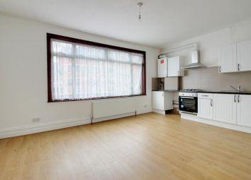 Thumbnail 4 bed flat to rent in Ballards Lane, Finchley, London
