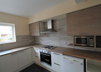 Thumbnail 4 bed flat to rent in Harpsfield Broadway, Comet Way, Hatfield