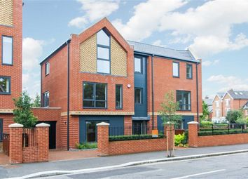 Thumbnail 5 bed detached house for sale in Shaa Road, London