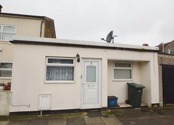 Thumbnail 2 bedroom bungalow for sale in Melford Road, Ilford, Essex
