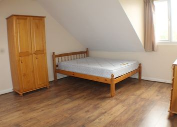 Thumbnail 3 bed maisonette to rent in Sundridge Parade, Plaistow Lane, Bromley