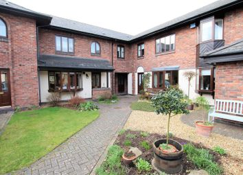 Thumbnail 2 bed flat for sale in Finings Court, The Maltings, Leamington Spa