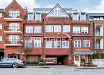 Thumbnail 1 bed flat to rent in Station Road, Gerrards Cross
