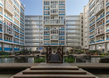 Thumbnail 3 bed flat to rent in Newington Causeway, Elephant & Castle